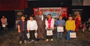Viranşehir'de Başarılı Öğrenciler Ödüllendirildi