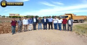Ceylanpınar Kırsalında Stablize Yol Çalışması Sürüyor