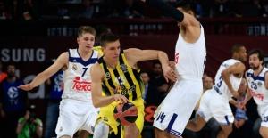 Fenerbahçe Potada Tarih Yazmak İstiyor