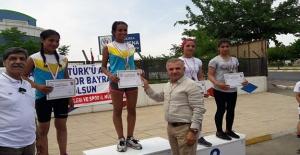 Haliliyeli Sporcular 1 Altın 1 Gümüş Madalya Kazandı