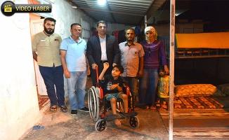Ceylanpınarlı Celal'e Tekerlekli Sandalye Verildi