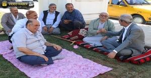 Demirkol Kamberiye'de Vatandaşlarla Görüştü