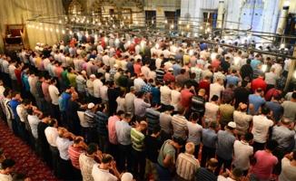 Şanlıurfa'da Bayram Namazı Saat Kaçta Kılınacak ?