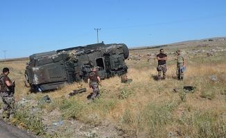 Siverek'te Zırhlı Polis Aracı Devrildi: 6 Polis Yaralı
