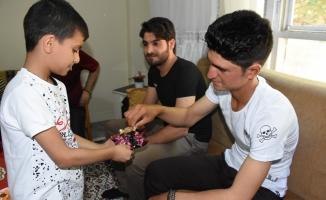 Suriyeliler bayramı buruk yaşıyor