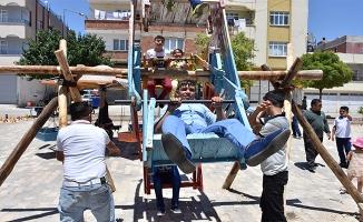 Türk ve Suriyeli Yetimlerin Bayram Eğlencesi