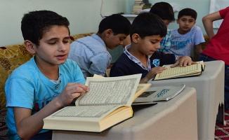 Türk ve Suriyeli Çocuklar Bir Arada