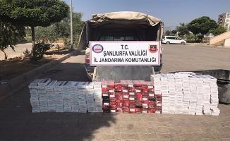 Akçakale'de 18 bin paket kaçak sigara yakalandı
