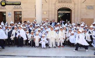 Haliliye Belediyesi Yüzlerce Çocuğun Kirvesi Oldu