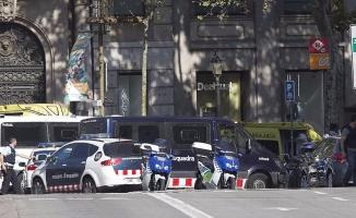 Terör Bu Kez Barcelona'yı Vurdu: 13 Ölü, 100 Yaralı