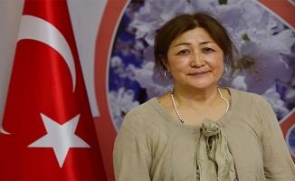 Türk ve Suriyelilere istihdam sağlayan sera