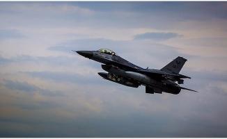 TSK, Irak'taki Terör Kamplarına Bomba Yağdırdı