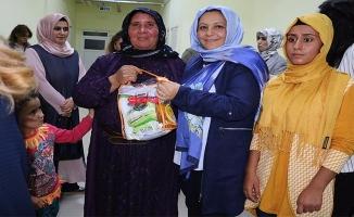 Şanlıurfa'da Eğitimde anne kız el ele veriyor