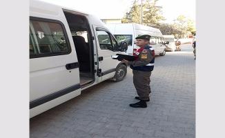 Şanlıurfa'da Jandarmadan okul servislerine denetim