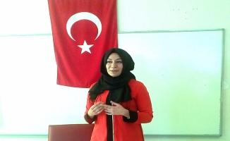 Sinem Göç'ten öğrencilere ''Sağlıklı Yaşam'' semineri
