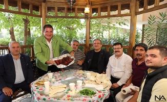 Zekeriya Ünlü'ye ''İsot Festivali''ne Özel İsot Dolması