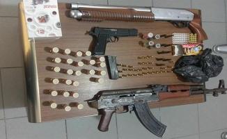 Birecik'te silah kaçakçılığı operasyonu