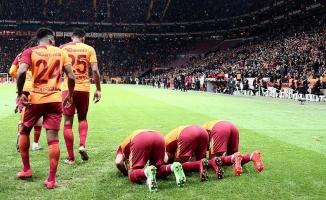 Galatasaraylı futbolculardan Kudüs mesajı