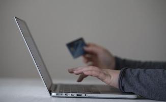İnternetten kartla alışverişe onay süresi uzatıldı