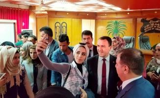 """Türkiye'nin Bağdat'taki """"sıra dışı"""" büyükelçisi"""