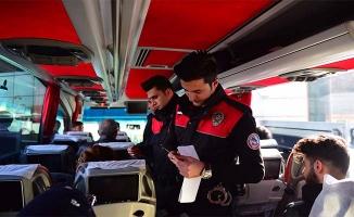 """Urfa Polisinden Suriyelilere """"Yol izin belgesi"""" kontrolü"""