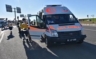Şanlıurfa'da iki otomobil çarpıştı: 1 ölü, 1 yaralı