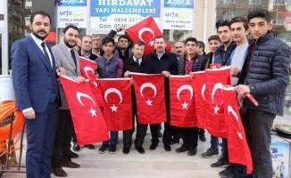 Karaköprü Türk Bayrakları ile Donatıldı