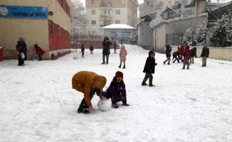Sivas'ta karla mücadele çalışmaları
