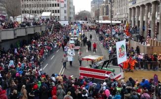 "Almanya'da ""5. Mevsim"" karnaval geçidi"