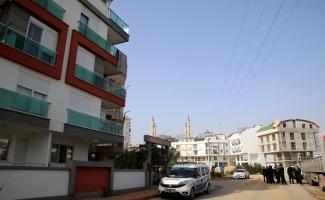 "Antalya'daki ""siyanürle intihar"" iddiası"