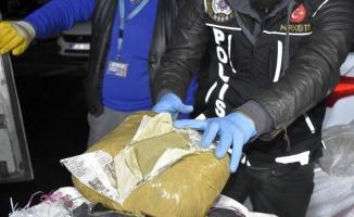 Diyarbakır'da 500 kilogram esrar ele geçirildi