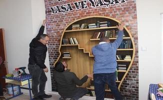 Siverek'te öğrencileri için lojmanı kütüphaneye çevirdiler