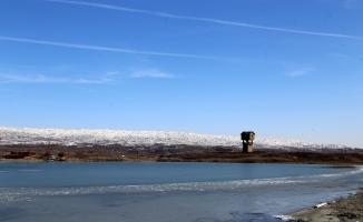 Tödürge Gölü buz tuttu