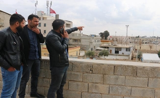 """""""Türkiye'den evimize bakıp ağlıyoruz"""""""