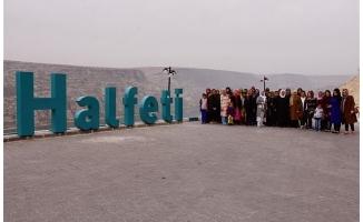 Hilvanlı kadınlar, Halfeti'yi gezdi