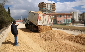 Karaköprü Atakent'te yollar yenileniyor