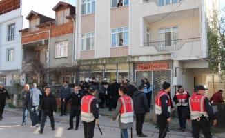 Kocaeli'de halkevinin kapatılması protestosuna gözaltı