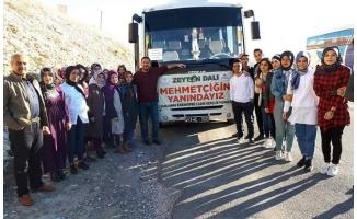 Urfalı gençlerden Mehmetçiğe moral ziyareti