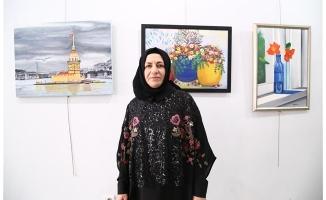 Urfalı Ressam Bozkurt'un kadın temalı resim sergisi