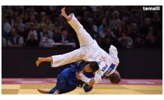 Urfalı sporcular Judo maçlarında ter döktü
