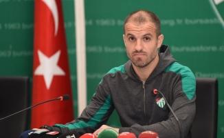 Bursaspor, İzmir'den 3 puanla dönmek istiyor