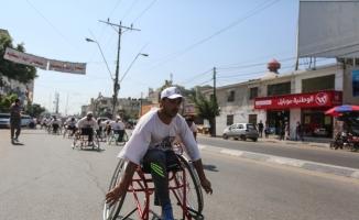Engelliler İsrail hapishanelerindeki Filistinli hasta mahkumlar için yarıştı