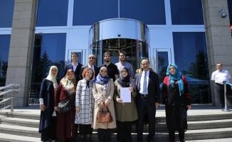 """Liseli gençlerden AK Parti'ye """"aday adaylığı"""" başvurusu"""