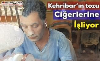 Suriyeliler Urfa'da tesbih atölyesi kurdu