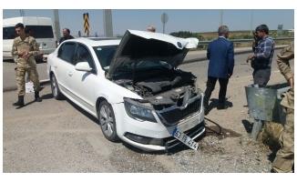 Suruç'ta 2 otomobil çarpıştı: 2 yaralı