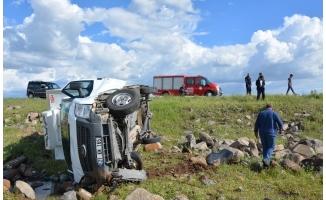 Siverek'te kamyonet devrildi: 1 yaralı