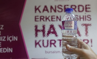 Su şişelerinde 'kanserde erken tanı' uyarısı