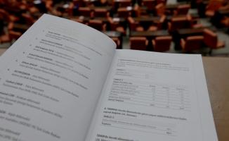 TBMM'nin 26. Dönem milletvekili albümü yenilendi