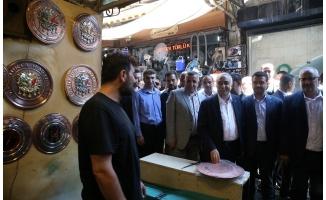 Bakan Fakıbaba esnafı ziyaret etti!
