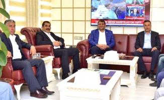Başkan Ayhan, Atilla'yı ziyaret etti